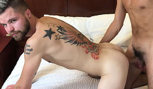 Maxx Simms is a lucky dude - for his number one time on livecam he's with the ever sexy Scott DeMarco