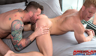 Hugh Hunter and Johnny V - the muscle titans collide!