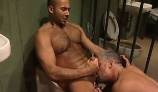 Bear guy licked by mature man and jizzes